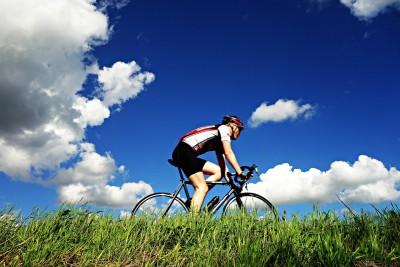 cyclist-1537843_1280