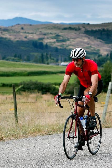 cyclist-1531961_640
