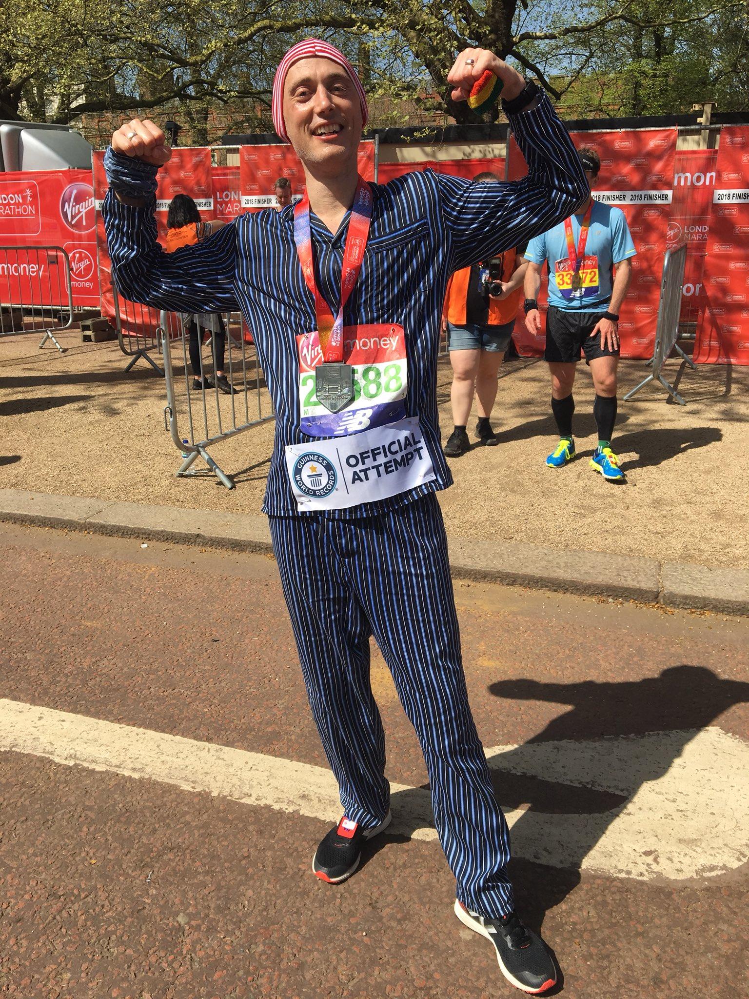 David Stoneman, Fastest marathon dressed in pyjamas (male) 3:07:09