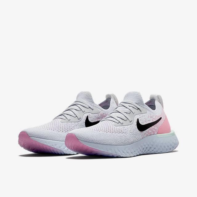 Nike Epic React Flyknit สีใหม่ FIRST BLUSH