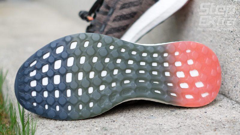 รองเท้าวิ่งสายสตรีท