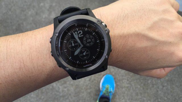 Garmin Fenix 3 HR นาฬิกามัลติสปอร์ตที่มาพร้อมระบบวัดอัตราการเต้นของหัวใจ