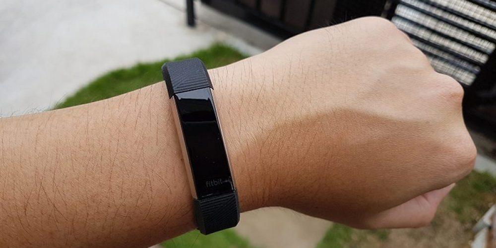 รีวิว Fitbit Alta HR สายรัดข้อมือที่มาพร้อมระบบติดตามการนอนหลับ