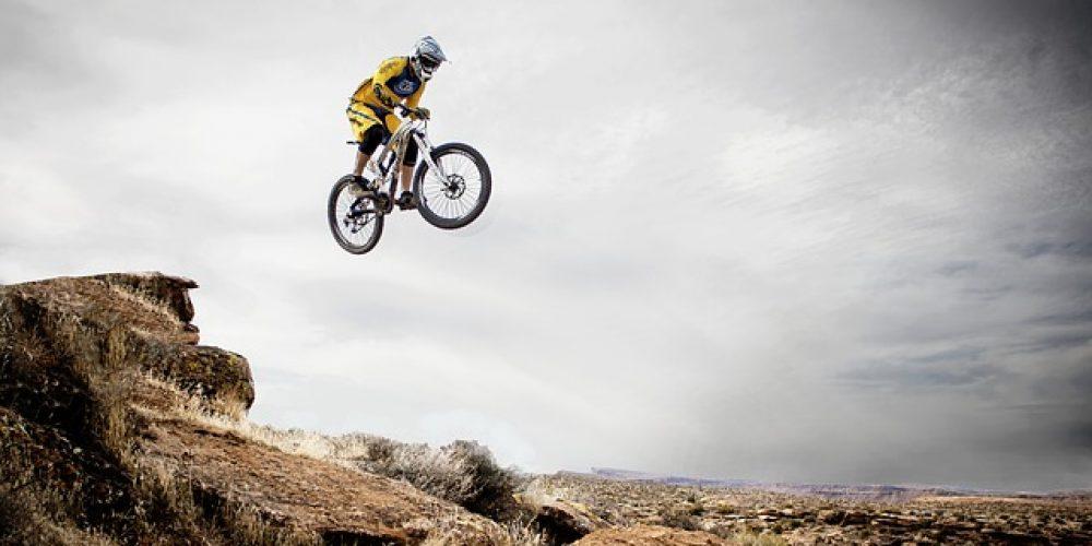 8 ท่าหนุมานคลุกฝุ่น เมื่อสายหมอบอยากลุยโคลน…เทคนิคพื้นฐานสำหรับปั่นจักรยานเสือภูเขา